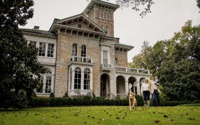 Mary, John, Larson, and Maddie : An Annesdale Mansion Family Session